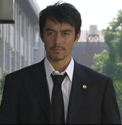 http://bokunosekai.files.wordpress.com/2008/07/hiroshi-abe.jpg