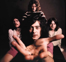 https://bokunosekai.files.wordpress.com/2010/11/led-zeppelin.jpg