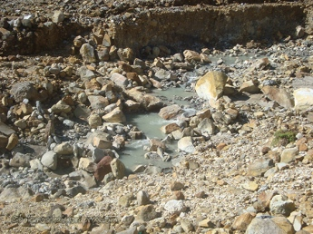 River of sulfuric water