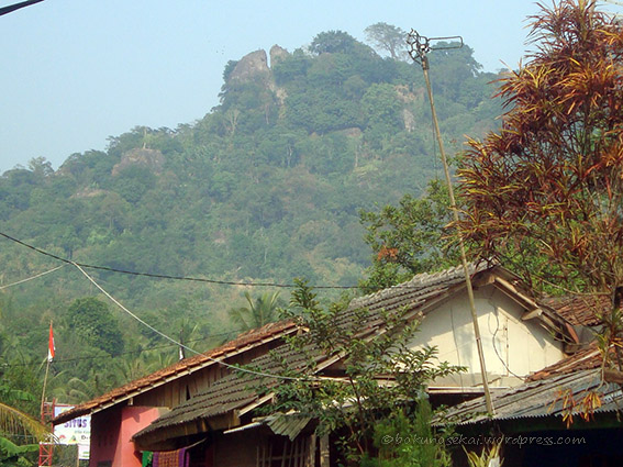 The view of Mount Munara